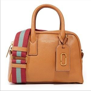 DELETING SOON Marc Jacobs Gothem City Bauletto